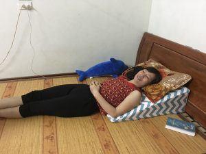 Chị Thu Anh đã lựa chọn gối nêm Hi-Sleep
