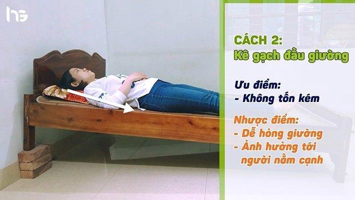 Kê cao chân giường chống trào ngược dạ dày