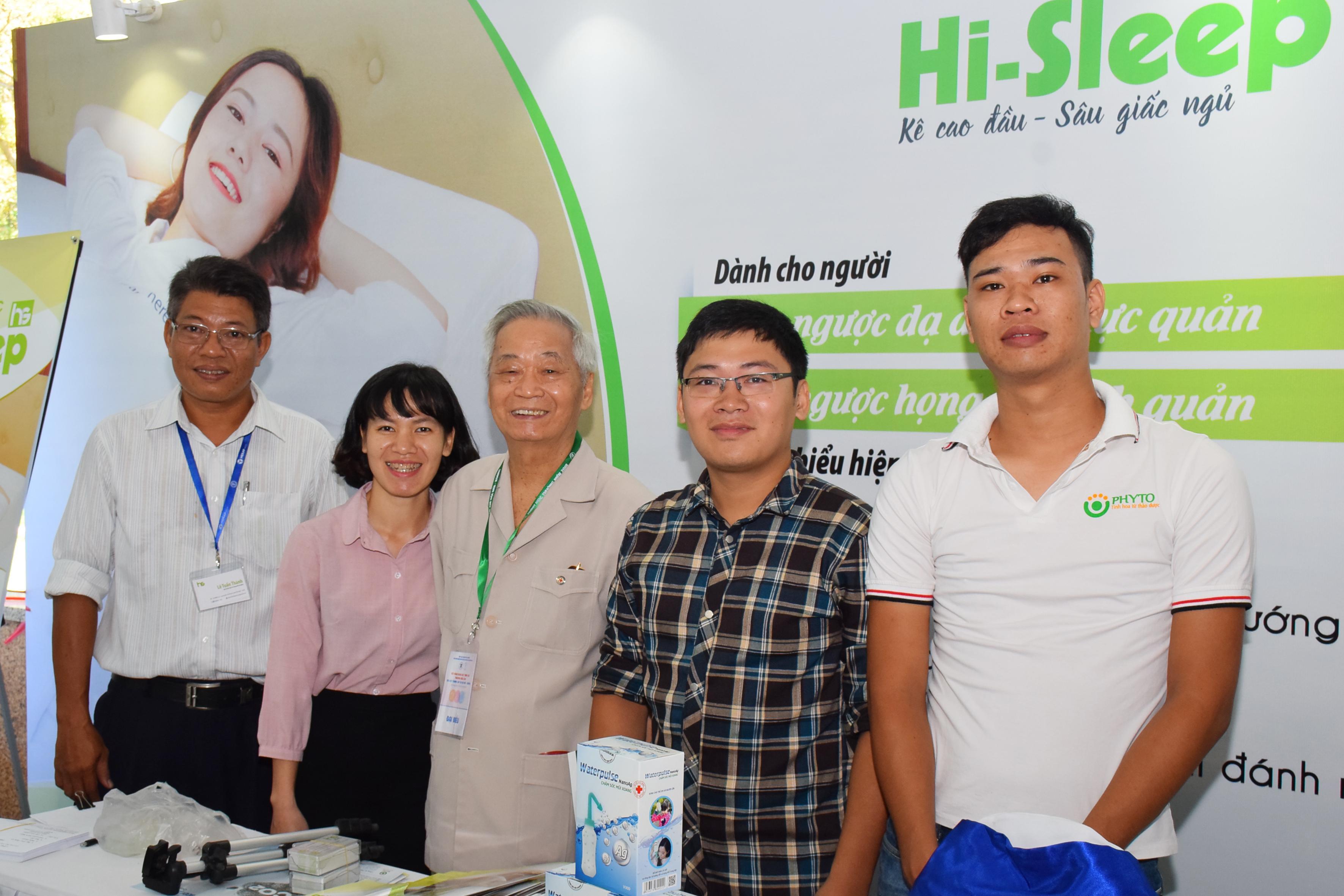 GS, TS Ngô Ngọc Liễn - Nguyên Chủ tịch Hội Tai Mũi Họng Hà Nội và các tỉnh phía Bắc, nguyên Trưởng Bộ môn Tai Mũi Họng Đại học Y Hà Nội hết sức ủng hộ sản phẩm gối nêm Hi-Sleep