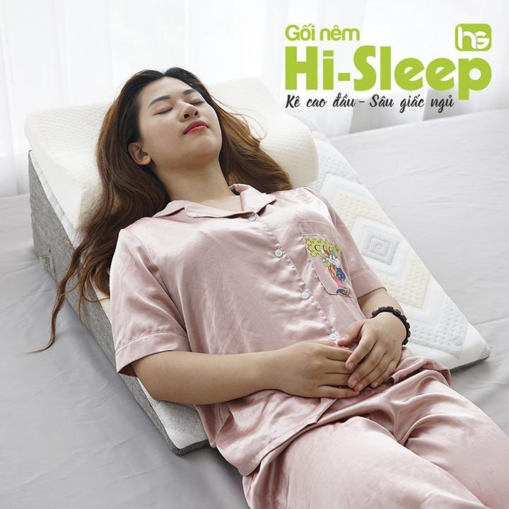 Gối nêm Hi-Sleep được sản xuất bởi công ty TNHH TM C.A.M Việt Nam