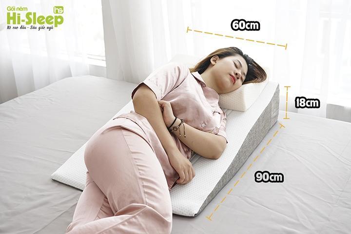 Đệm chống trào ngược dạ dày Hi-Sleep có kích thước vượt trội trong các sản phẩm gối - đệm chống trào ngược